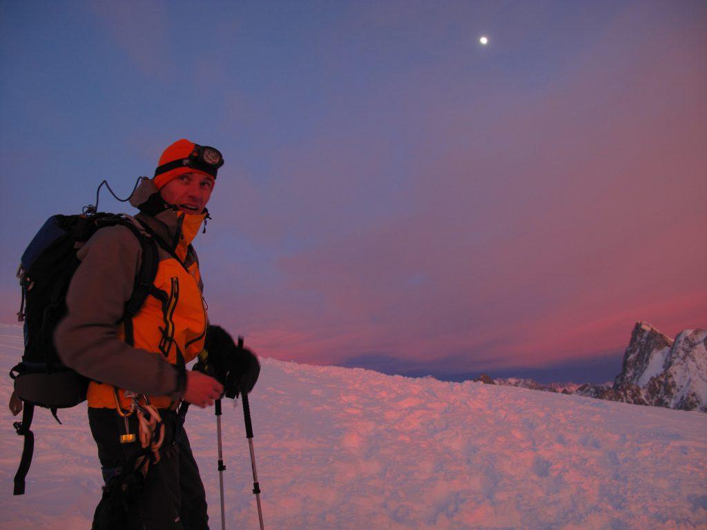 Best winter activities Vallée Blanche nuit2©CieGuides