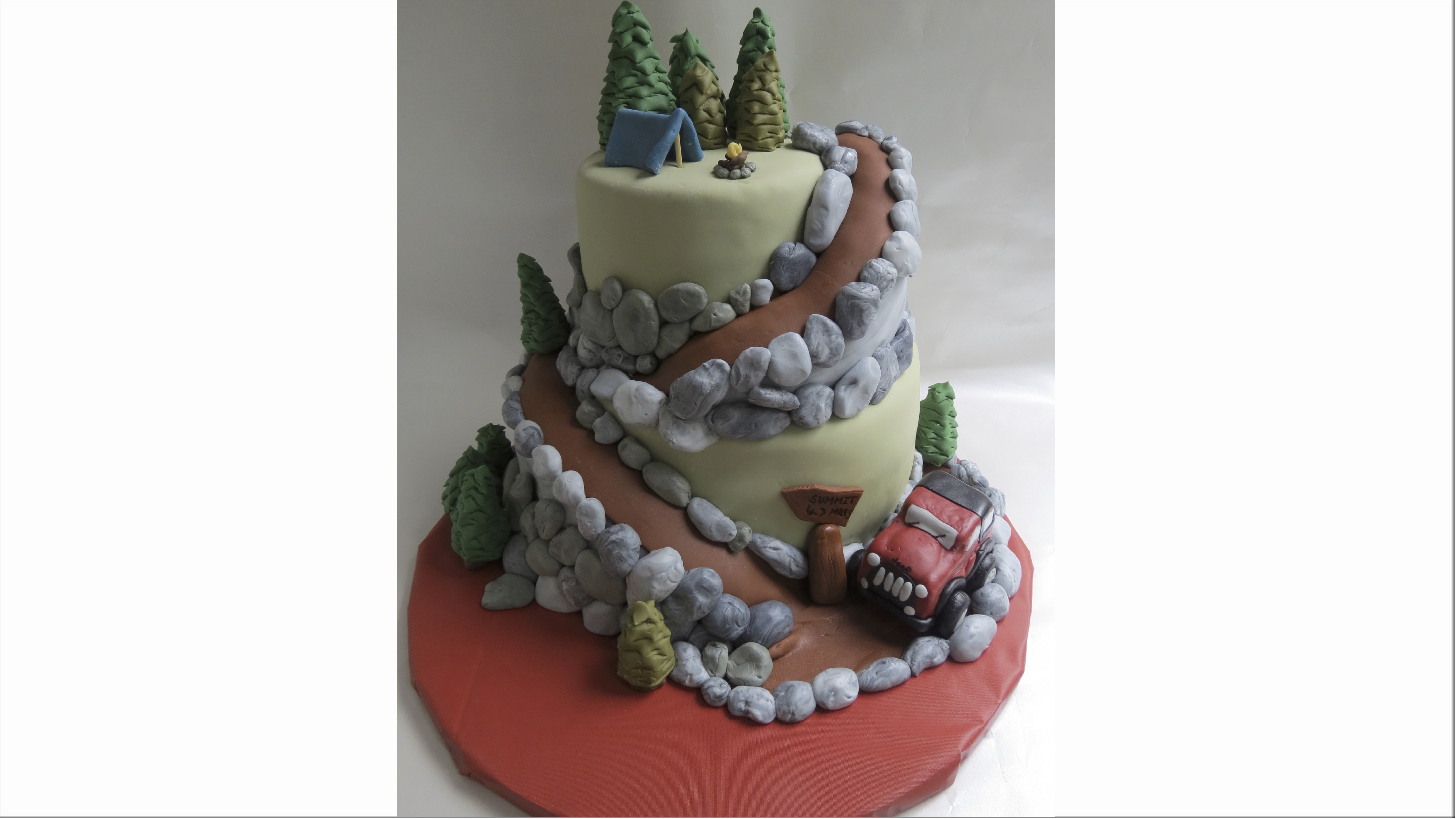 Mountain landscape themed cake