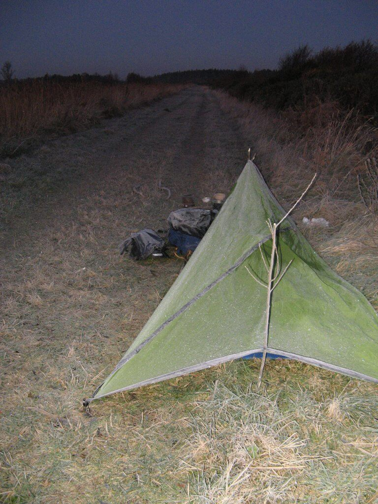 Icy bivouac on the Grand Canal tow path