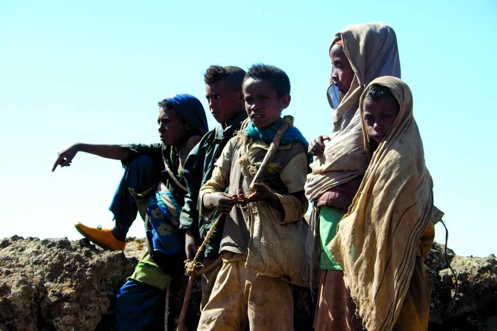 Children in the Simien mountains