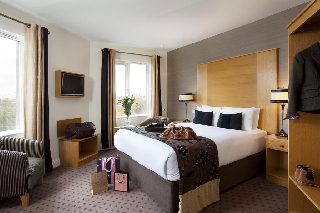 belfasts best hotels tara lodge