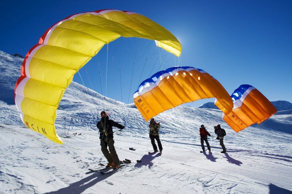 Alternative ski holidays SpeedFlying4M Gambier 1-2