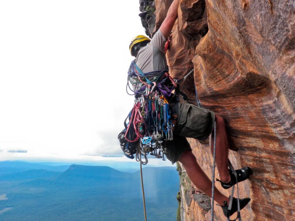 Shane Houbart climbing Upuigma Tepui