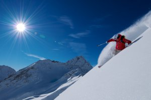 Courmayeur skiing