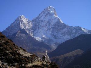 Everest waste cleanup