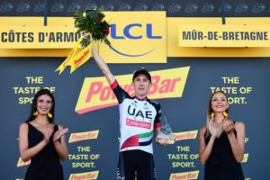 Dan Martin wins 6th stage of the Tour de France